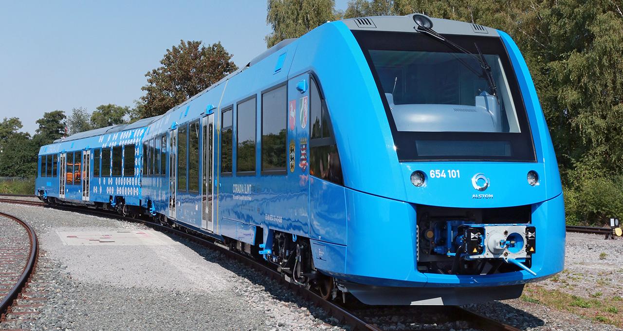 Trem a hidrogênio francês em testes na Baixa Saxônia, na Alemanha (Fonte: Michael Wittwer/Alstom/Divulgação)