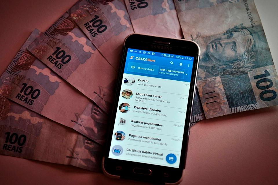 Golpes com saque do FGTS rendem prejuízo de R$ 2 milhões mensais