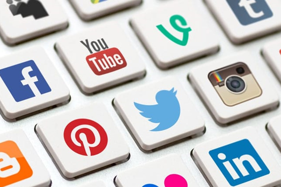 Uso de redes sociais deve aumentar 11% no Brasil até 2025