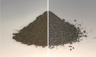 The before (left) and after the regolith: without oxygen, it turns into metal granules.