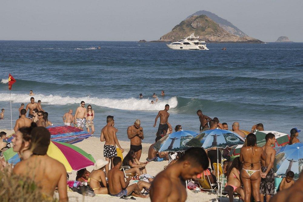 As praias do Rio de Janeiro se encheram em agosto deste ano.