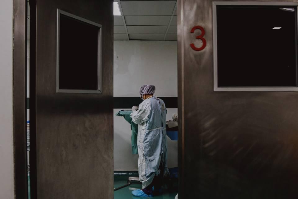 Aumento de casos de covid-19 em hospitais privados da cidade de SP