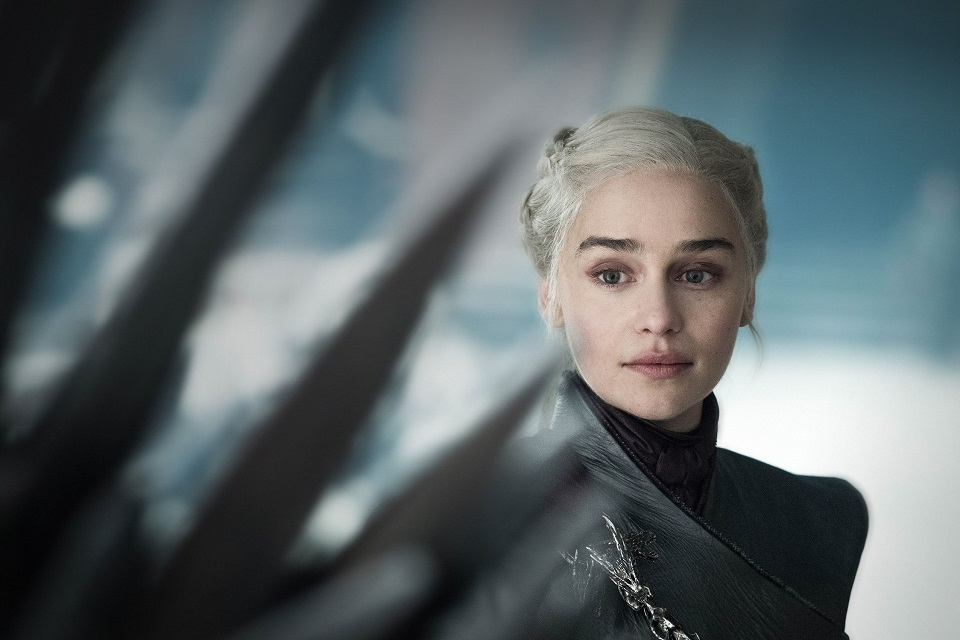 Game of Thrones: Emilia Clarke improvisou discurso em valiriano