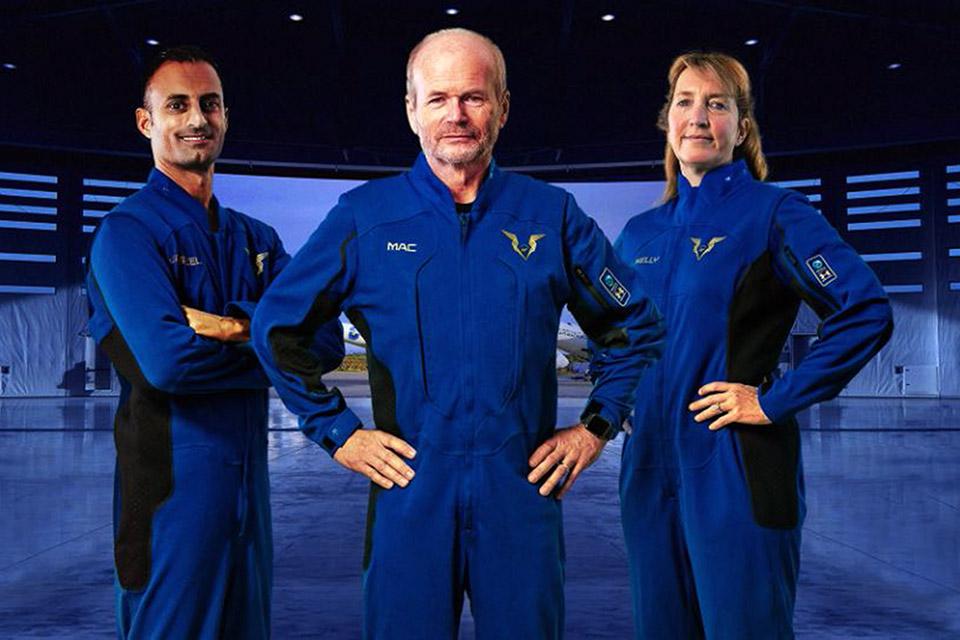 Virgin Galactic lança novos trajes espaciais para voos turísticos