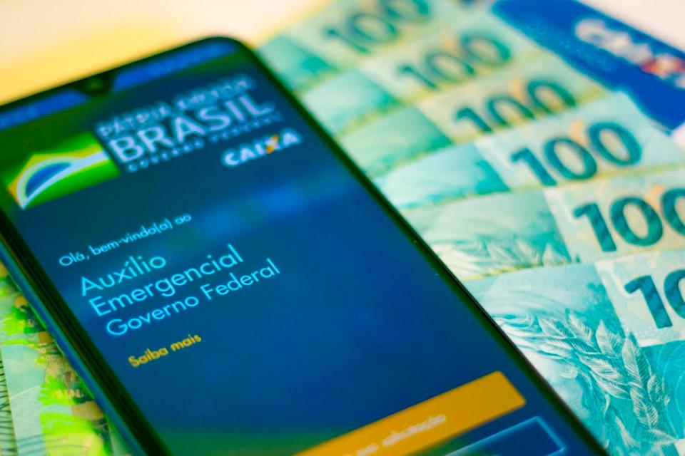 Auxílio Emergencial: 2,6 milhões terão que devolver o dinheiro