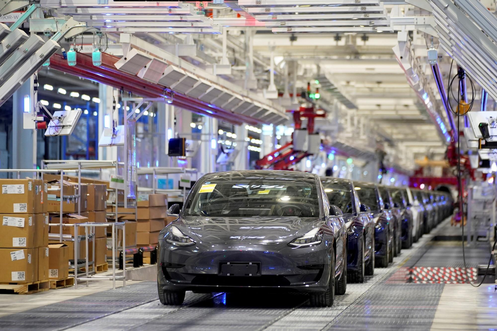 Unidade da Tesla em Xangai, na China (Fonte: Tesla/Divulgação)