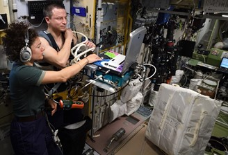 Astronaut Andrew Morgan participates in one of the studies on board the ISS.