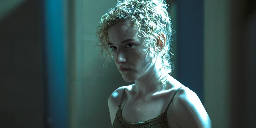 Julia Garner acting in Ozark, Netflix series. (Source: Netflix / Disclosure)