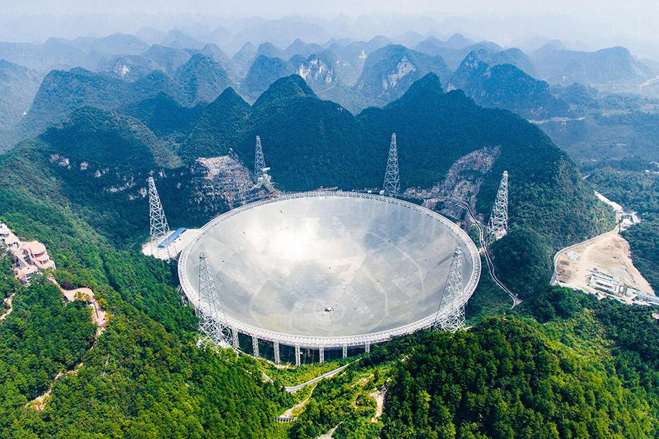 China abre seu observatório FAST para cientistas do mundo inteiro