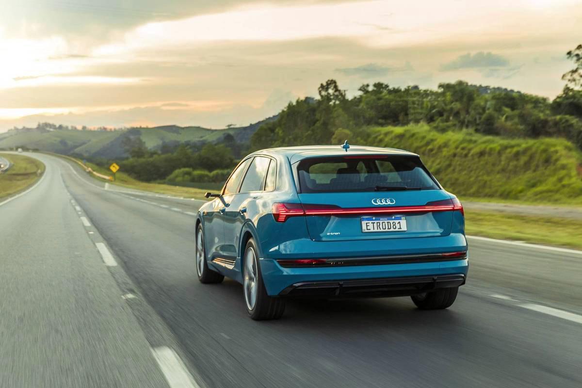 O e-tron da Audi deixou o Model 3 para trás (Fonte: Audi/Divulgação)