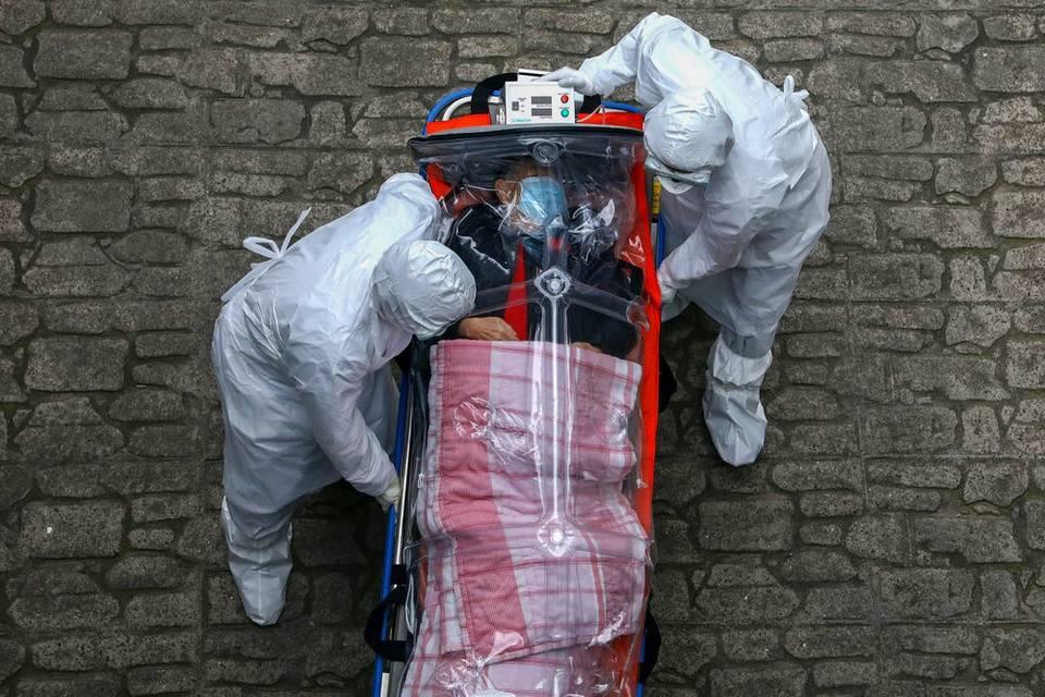 Um ano de pandemia: covid-19 expôs o melhor e o pior do mundo