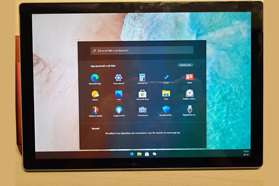 Veja como o Windows 10X funciona no Surface Pro 7 [vídeo]