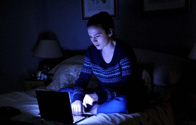 Hayley Atwell no episódio de Black Mirror que parece ter servido de inspiração para a Microsoft.
