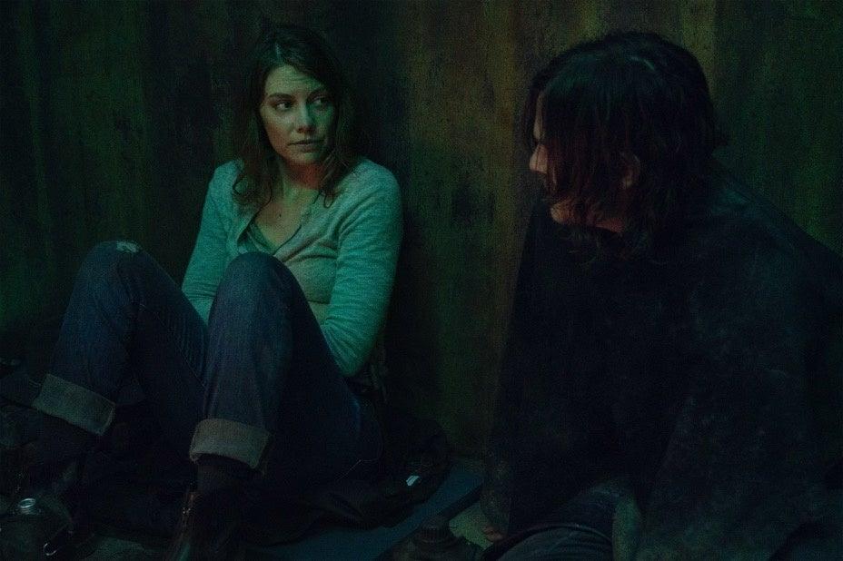 Os dois amigos irão conversar sobre a ausência de Maggie.