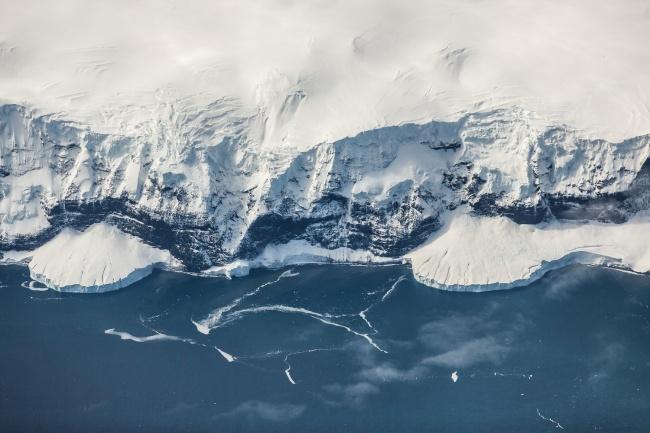 A Antártida é o continente mais frio e seco do planeta.