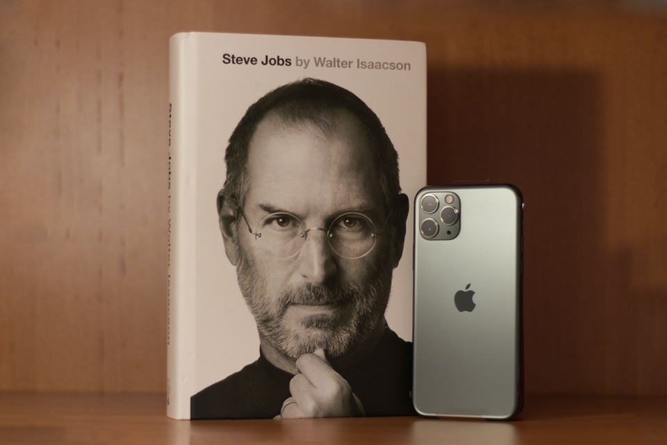 Tim Cook publica mensagem em data que Steve Jobs faria 66 anos