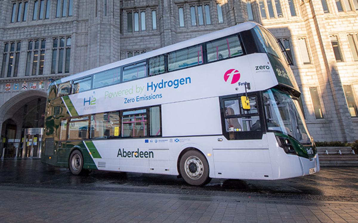 Ônibus movidos a hidrogênio começam a rodar da Escócia