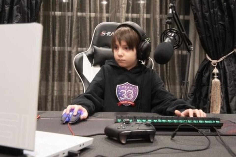 Fortnite: pro player de só 8 anos assina contrato de US$ 33 mil!