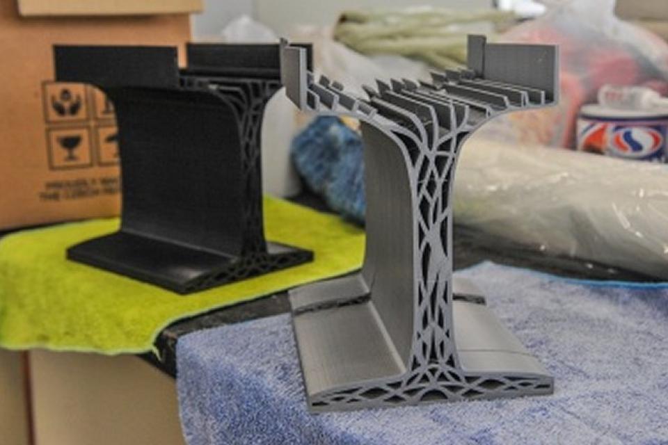 Vigas de plástico impressas em 3D são mais fortes que aço e concreto