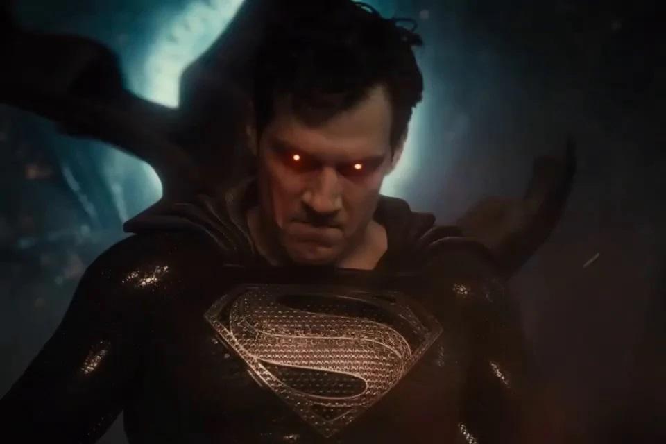 Liga da Justiça: Zack Snyder fará live na estreia do 'Snyder Cut'