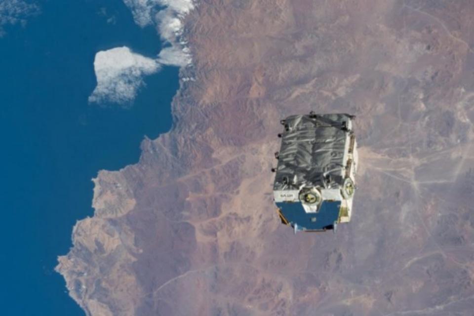 Estação Espacial despeja 2,9 toneladas de lixo em órbita