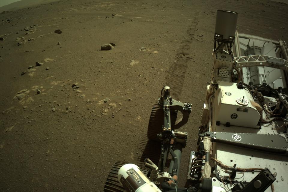 Áudio da Perseverance revela o quão barulhento é dirigir em Marte