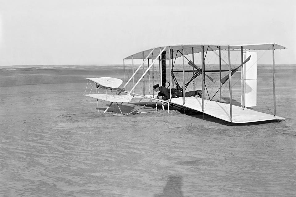 Drone da NASA levou pedaço do avião dos irmãos Wright para Marte