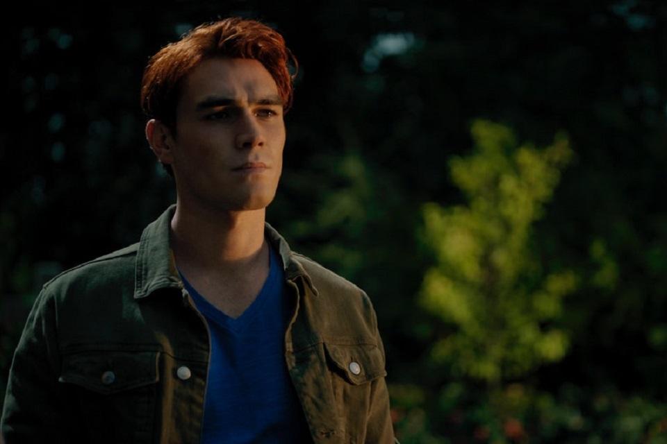 Riverdale 5x10: Archie recebe notícias inesperadas (preview)