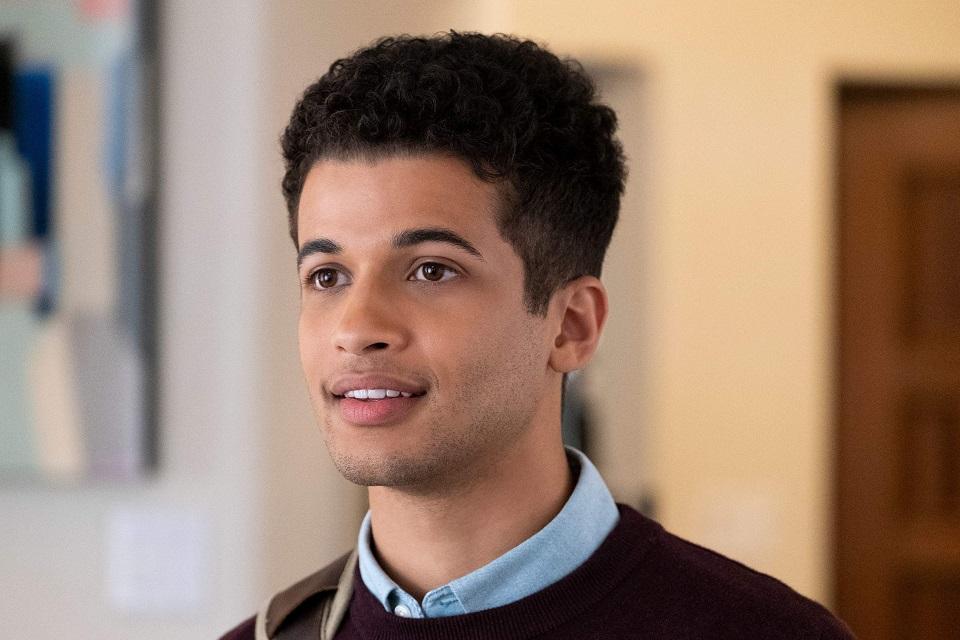 The Flash: ator de Teen Wolf será Bart Allen, filho de Barry e Iris