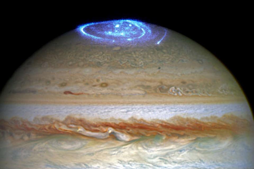 Novo tipo de aurora é identificado na atmosfera de Júpiter