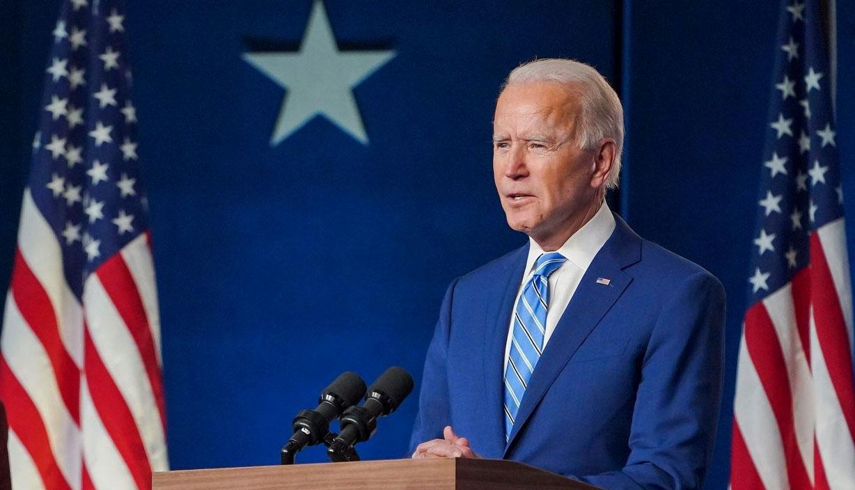 Biden quer investir US$ 174 bi em programas para carros elétricos
