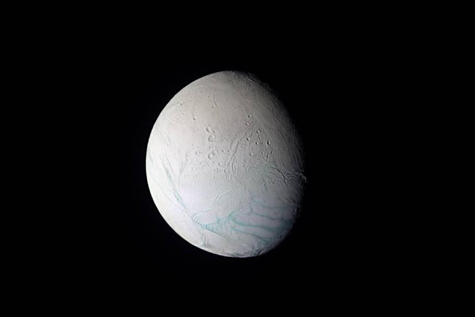 Lua de Saturno pode ter correntes oceânicas como as da Antártica