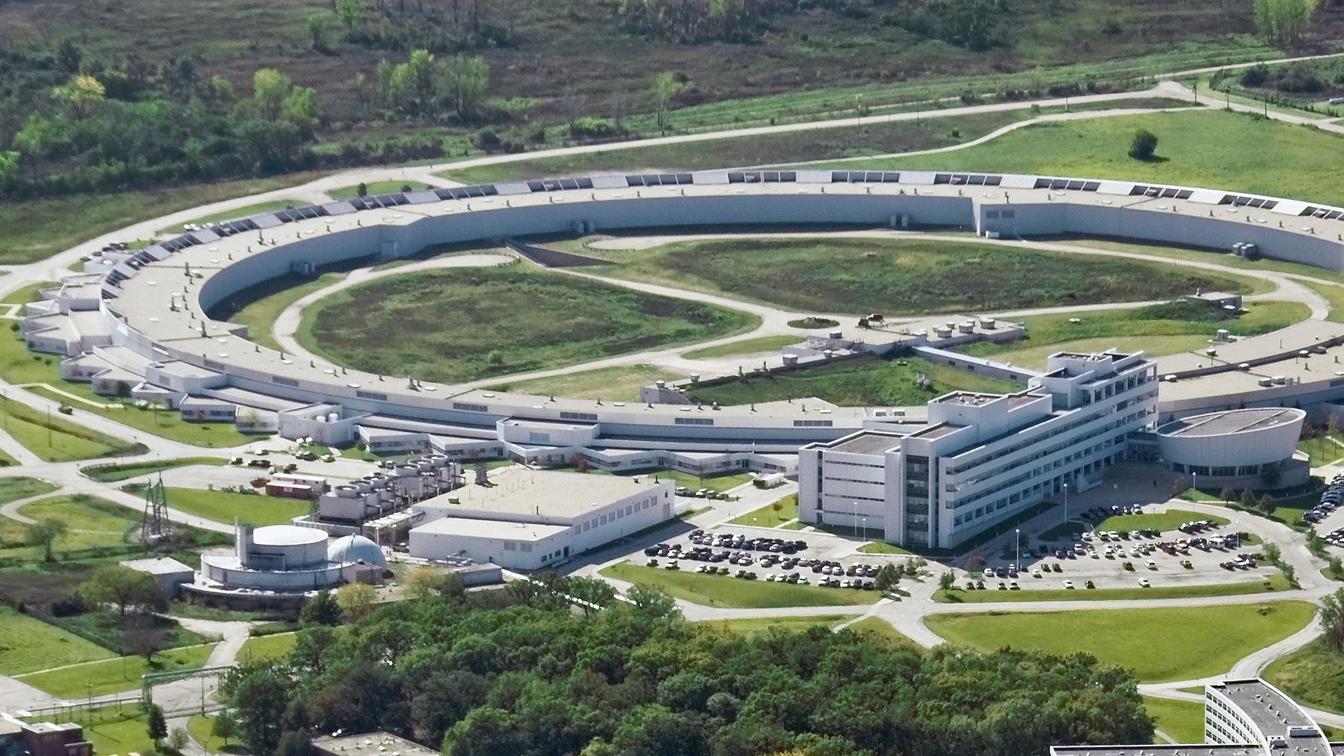 Argonne National Laboratory, nos Estados Unidos.