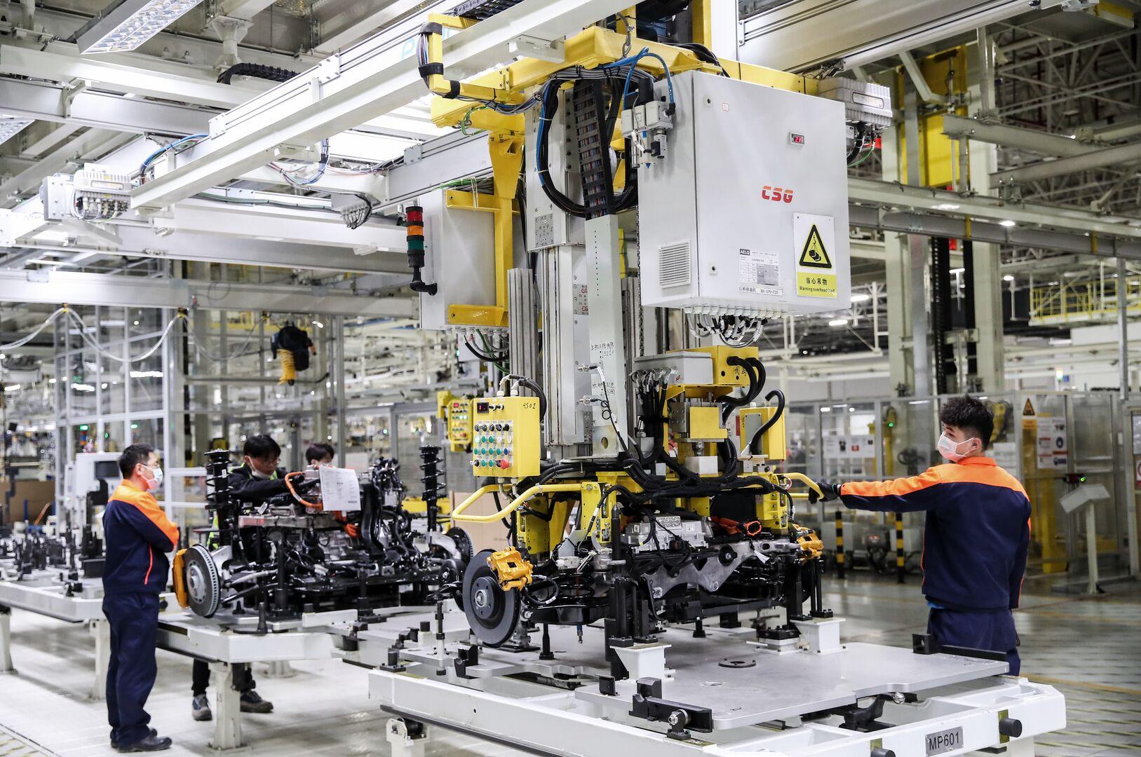 Montadora trabalha para modificar a cadeia de suprimentos dos elétricos.