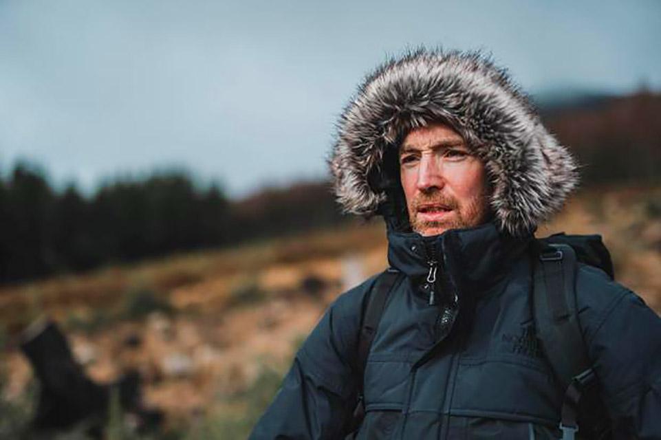 Aventureiro vai dirigir carro elétrico do Polo Sul ao Polo Norte