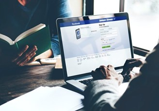 O Facebook costuma ser um dos alvos dos scrapers.