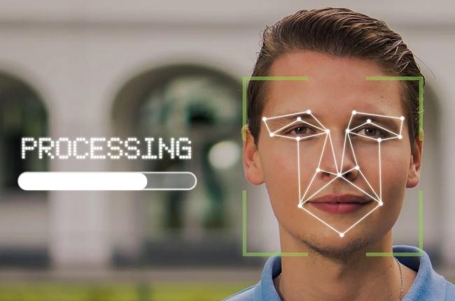 Fotos coletadas por scraping já foram usadas em programas de reconhecimento facial.