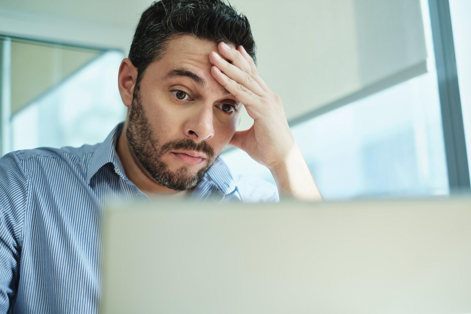5 situações que muita gente já passou trabalhando ou tendo aulas em casa
