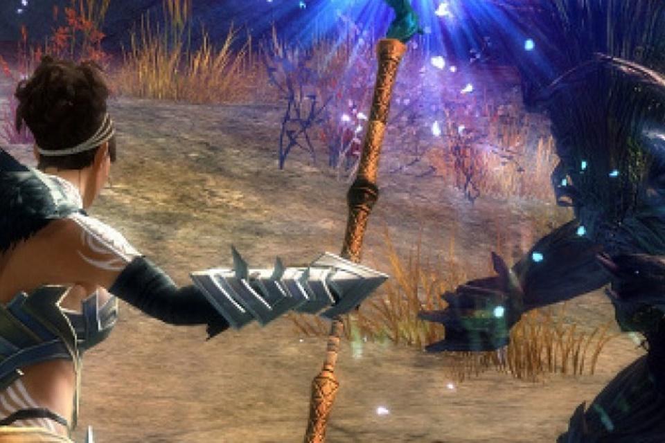 Guild Wars: jogador enfim encontra arma secreta oito anos depois