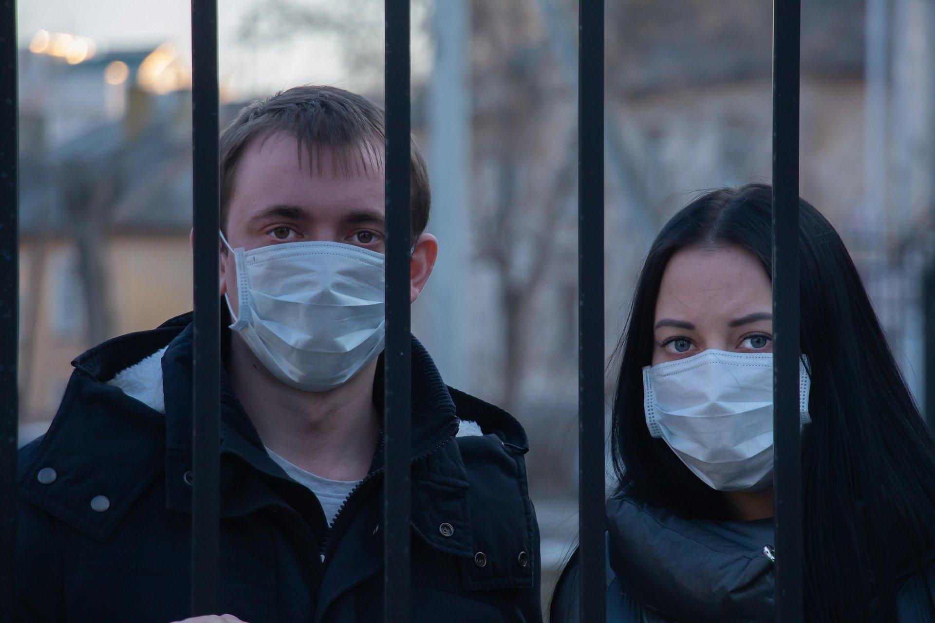 Segundo especialista, lockdown seria forma mais eficaz de quebrar a cadeia de transmissão do vírus.
