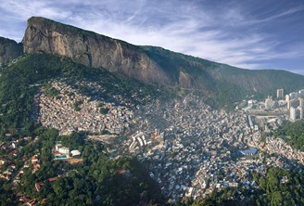 Favela da Rocinha vista de cima.