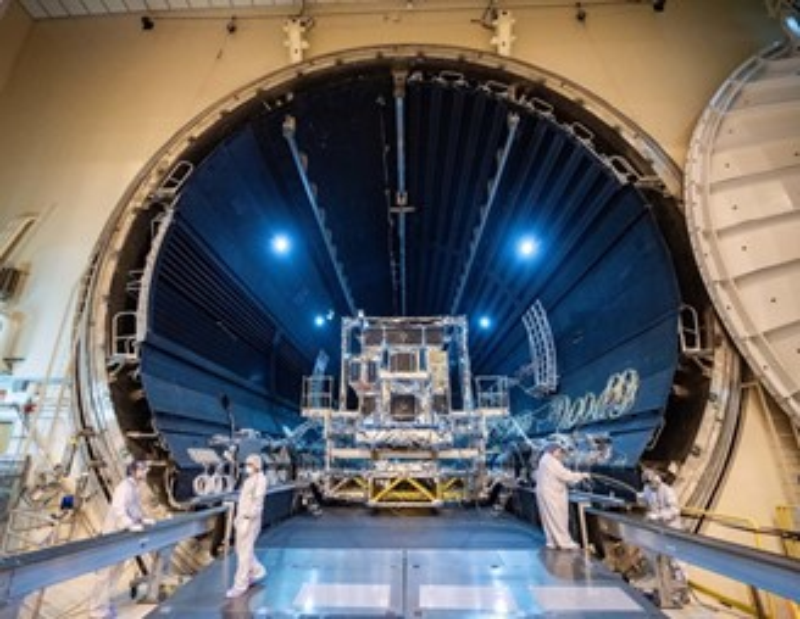 O satélite SBIRS GEO-5 aguarda lançamento.