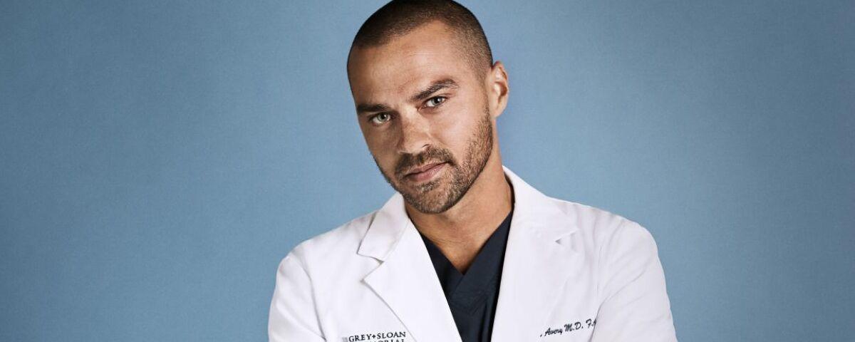Imagem de: Grey's Anatomy 17x15: adeus de Jackson é destaque (promo)
