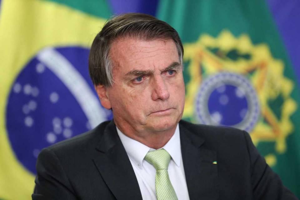 Bolsonaro quer mudar Marco Civil da Internet e incluir redes sociais