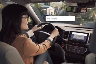 Google Assistant is a tool that complements the Android Auto facility.