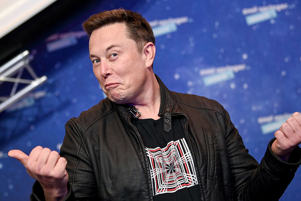 Elon Musk revela ter síndrome de Asperger no Saturday Night Live