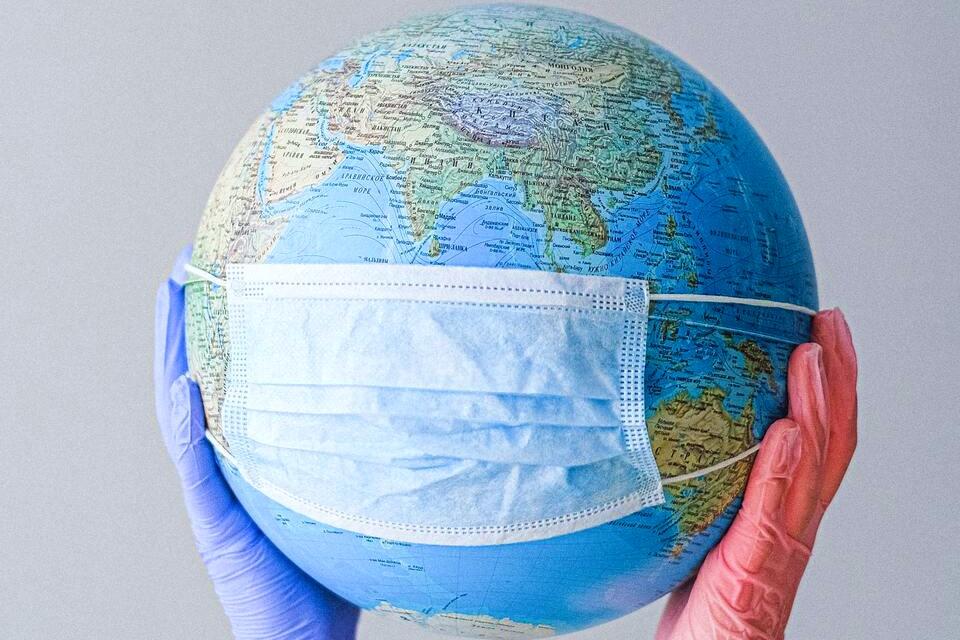 3 pandemias em 3 mundos completamente diferentes
