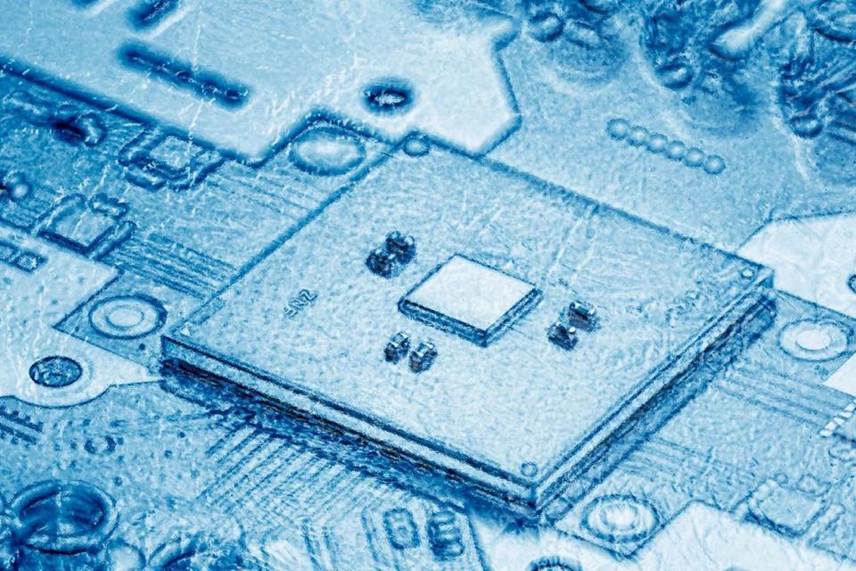 Intel desenvolve controlador criogênico para computação quântica