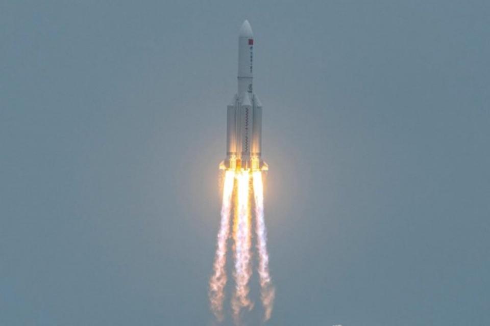 Queda do foguete chinês reacende debate sobre lixo espacial