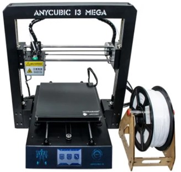 A impressora doada pela Receita Federal pode ser aproveitada em aulas e cirurgias.